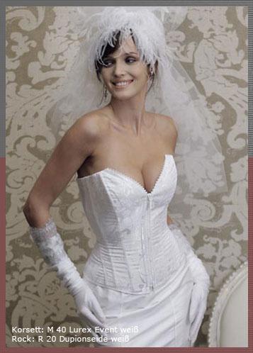 Braut in Weiss