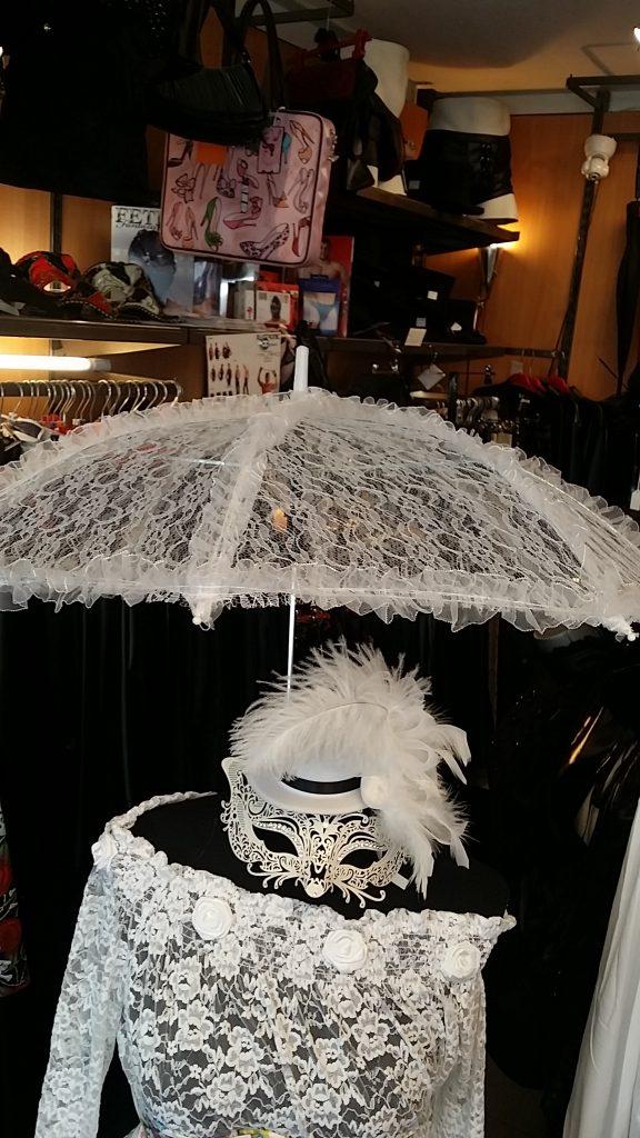 White-Umbrella-Hat-Mask